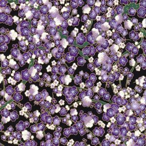 papier-japonais-chiyogami-yuzen-fond-noir-serigraphie-de-fleurs-de-pruniers-violettes