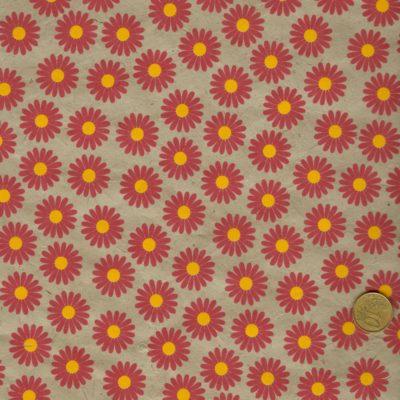 Papier népalais gris aux fleurs rouge et cœur jaune