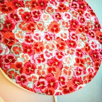Applique lumineuse cylindrique en papier japonais rose