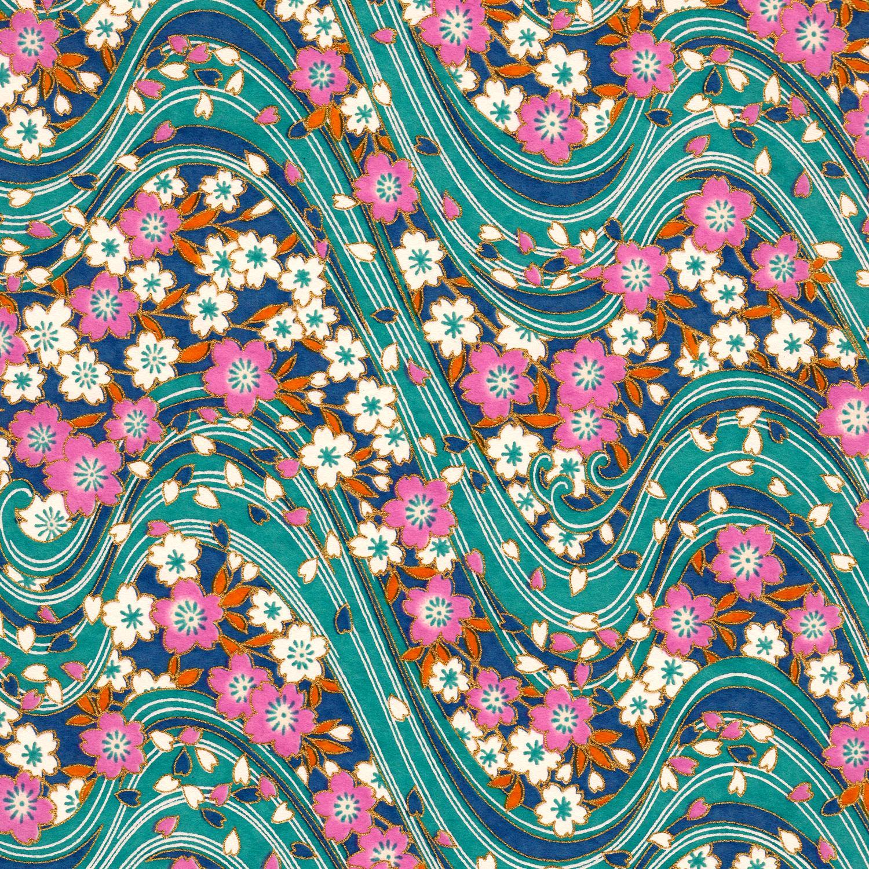 Papier japonais avec des vagues bleues et fleurs violettes